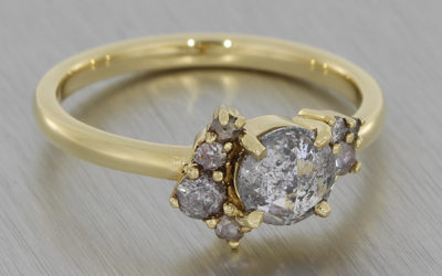 How to Create a Bespoke Engagement Ring Using Family Heirlooms
