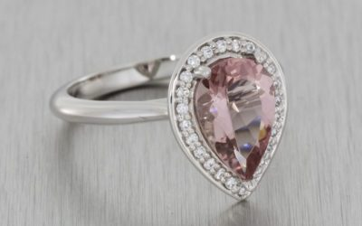 It's All Going Pear-Shaped: Why Pear-Shaped Stones Are Trending for Custom Engagement Rings